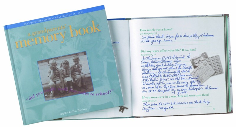 Grandparent's Memory Book: Did you Really Walk 5 Miles to School?